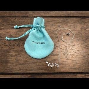TIFFANY & CO. Olive Leaf Vine, Sterling Silver